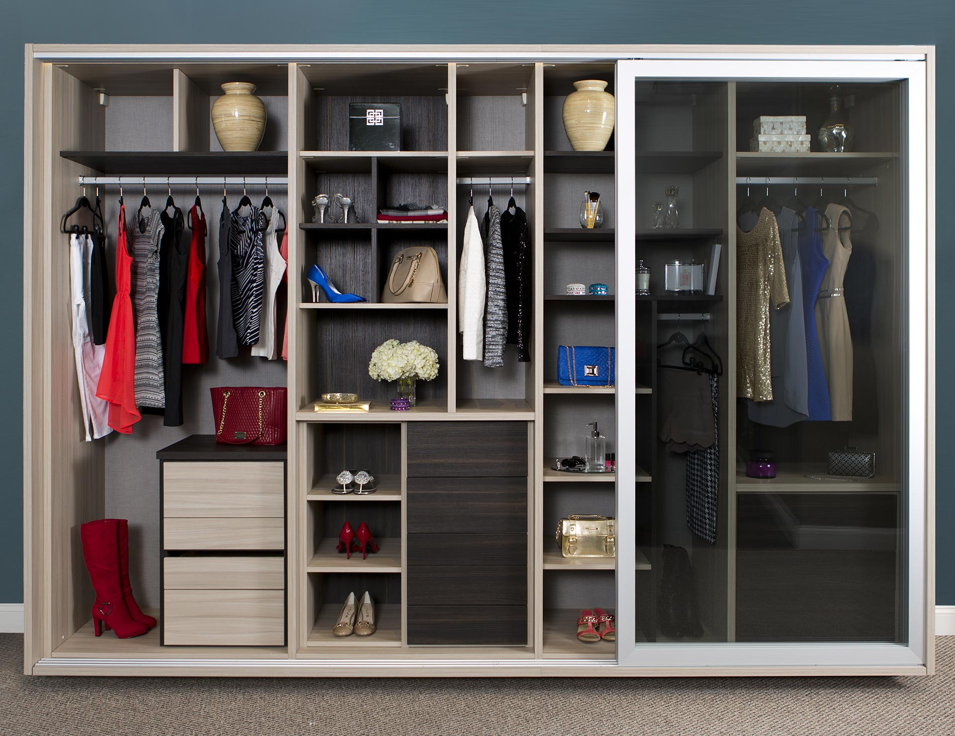 California Closets Edmonton - Armoire Peabody