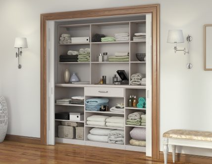 Click to view SIMPLE LINEN CLOSET