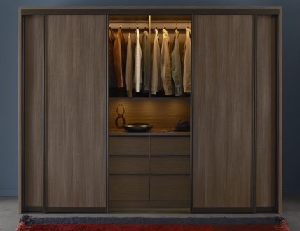 Click to view ARMOIRE URBAINE