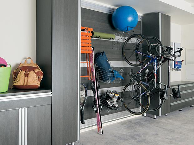 California Closets Windsor - Armoires et solutions de rangement pour le garage à Windsor